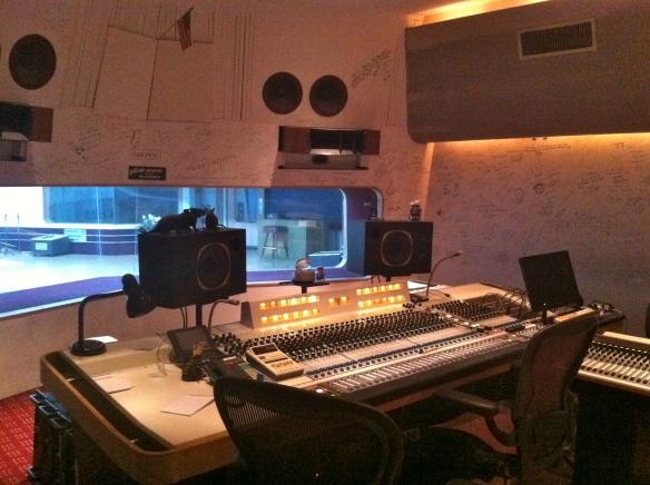 Schnee Studio control room c/o ComputerAudiophile.com
